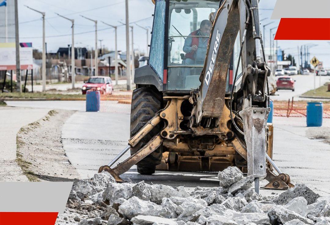 """""""Las reparaciones como las de la calle Pacheco son prioridad en nuestro plan de bacheo"""" dijoMónaco"""