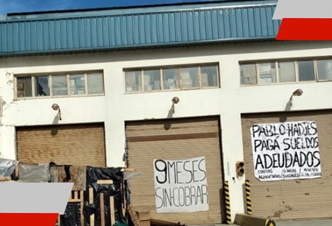 Ambassador despidió a los trabajadores que llevan adelante la toma pacífica de laplanta